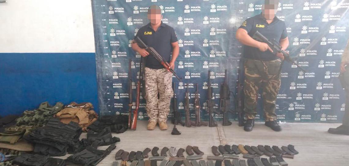 Detienen a dos presuntos integrantes del CJNG, en Tierra Blanca.