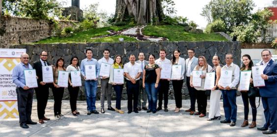 Entrega SECTUR distintivos de calidad turística a 16 empresas veracruzanas